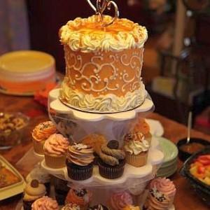 Caramel Apple Cupcake Display