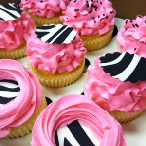 pink black cupcakes2